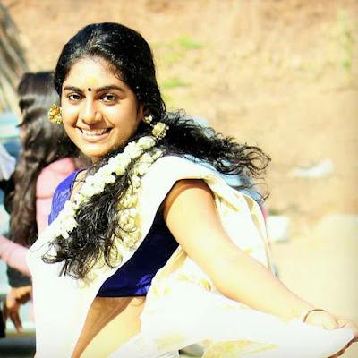 Nimisha Sajayan saree pics