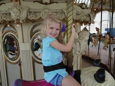 20 Summer Bucket List Activities - Your Guide to Summer Fun. Family fun activities to do in and around Huntsville and the North Alabama area. Carousel at Bridge Street