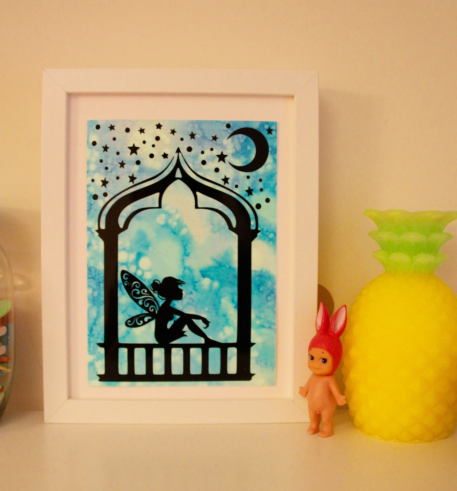 Silhouette UK: Fairy Frame using Glow in the Dark Sticker Paper