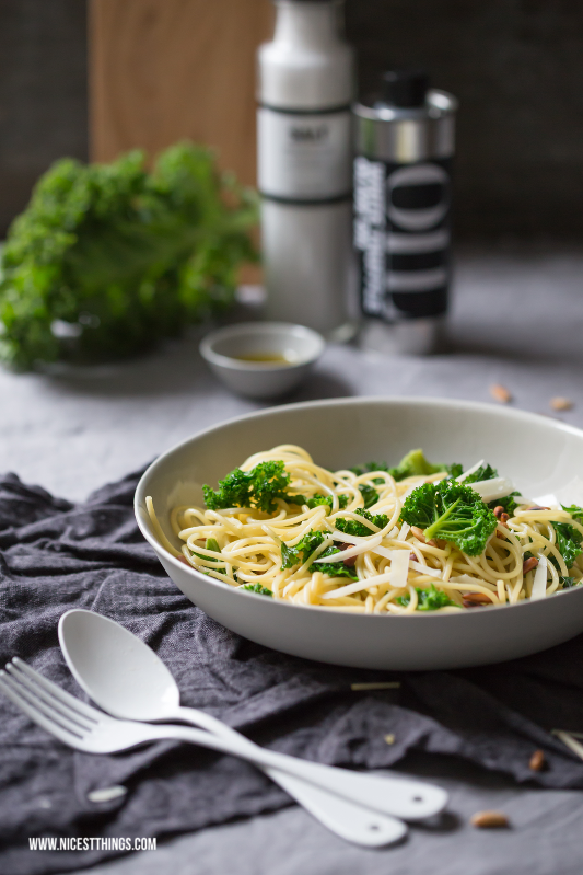 Grünkohl Pasta Rezept Kale Spaghetti mit Pinienkernen #kale #gruenkohl #pasta
