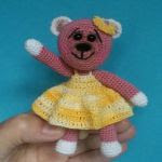 https://www.crazypatterns.net/en/items/7801/amigurumi-mini-teddy-tina-11-cm-gross
