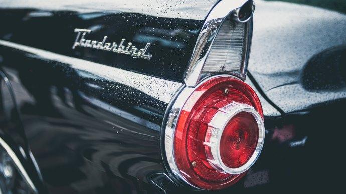 Wallpaper: Ford Thunderbird