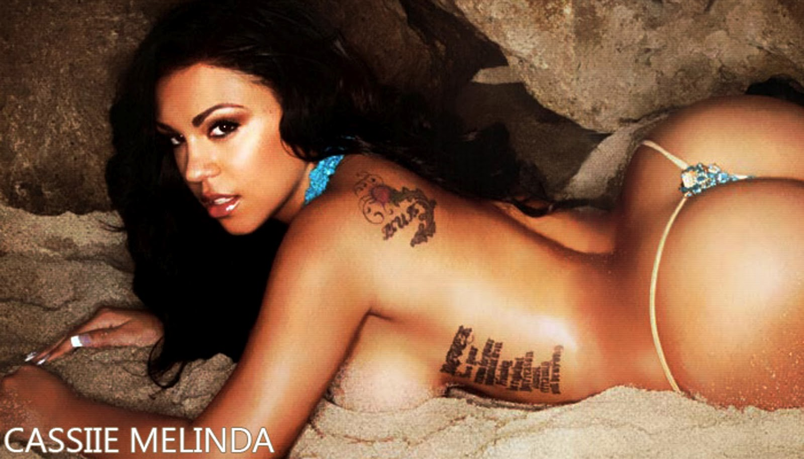 naked latinas with big asses