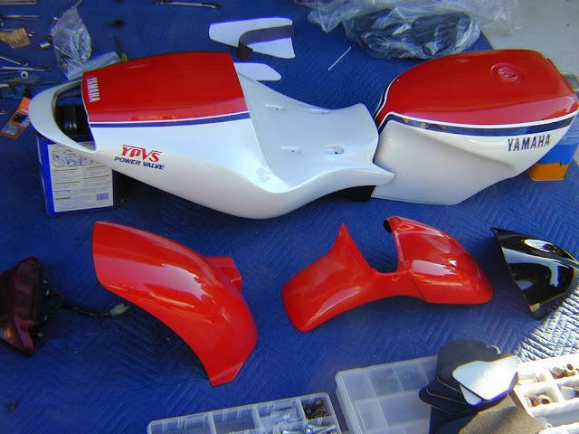 Julian Farnam FFE 350 Forkless Yamaha RZ Bodywork