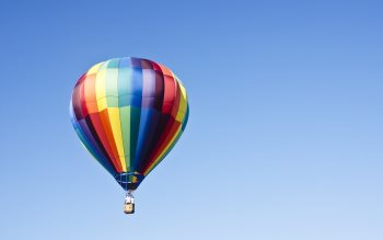 Wallpaper: Hot air balloon on the blue sky