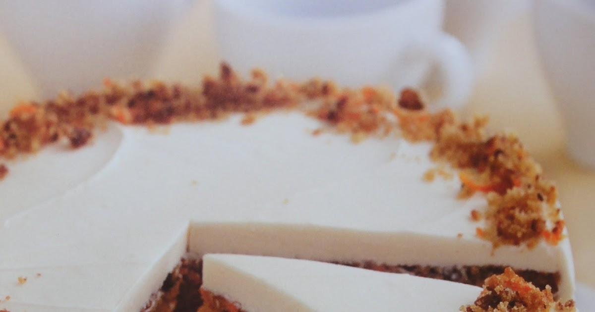 Blog As You Bake Junior S Carrot Cake With A Cheesecake Center And