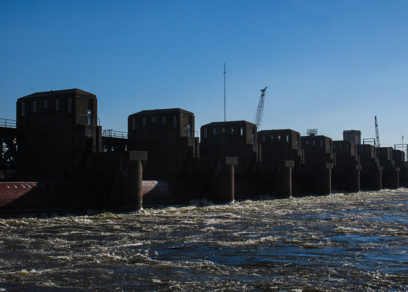 Images from my peripatetic life: Lock and Dam No  15, Davenport, Iowa