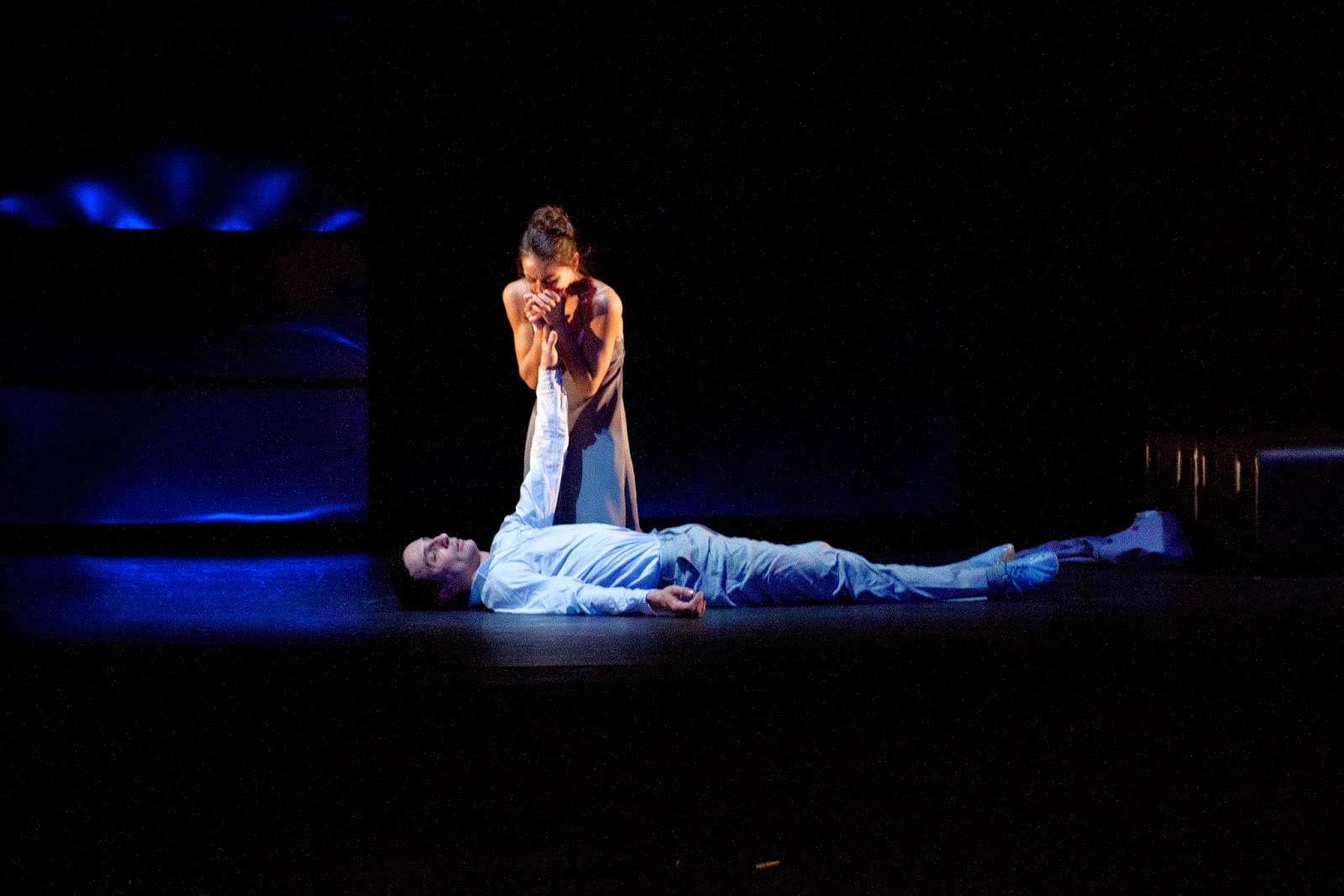 Sophie Martin as Juliet and Erik Cavallari as Romeo in Krzysztof Pastor's Romeo & Juliet. Photo by Christina Riley.