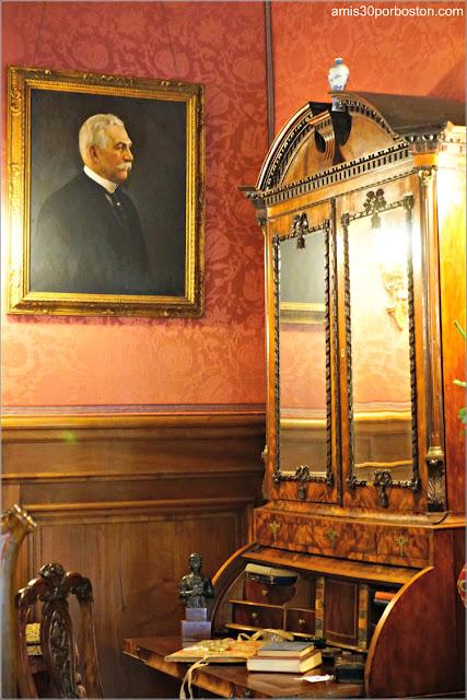 Retrato del Señor Berwind en su Dormitorio en la Mansión The Elms en Newport
