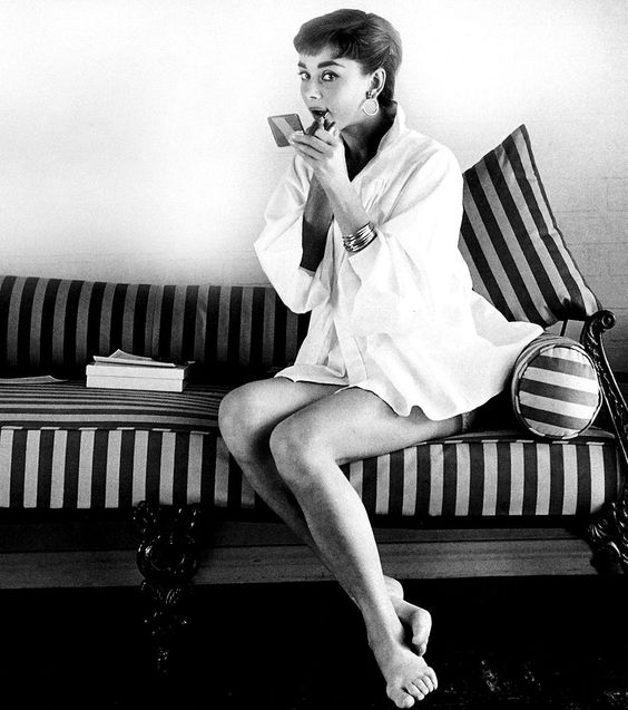 Audrey Hepburn Black and White Hollywood Photo : Striped Sofa