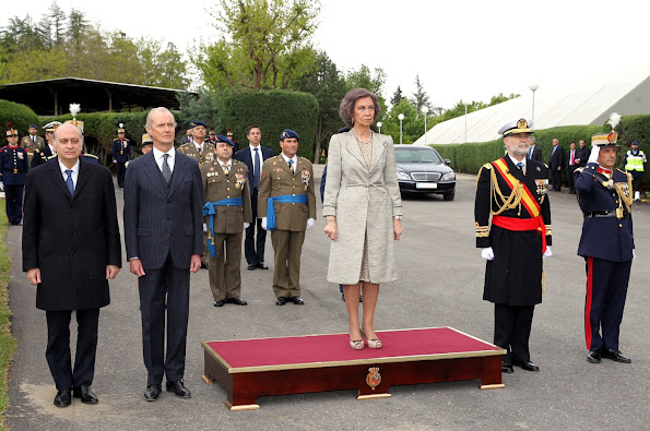 Queen Sofia of Spain attends the Oath of Allegiance of the Civil People at El Pardo Palace, dress, jewelery, jewels