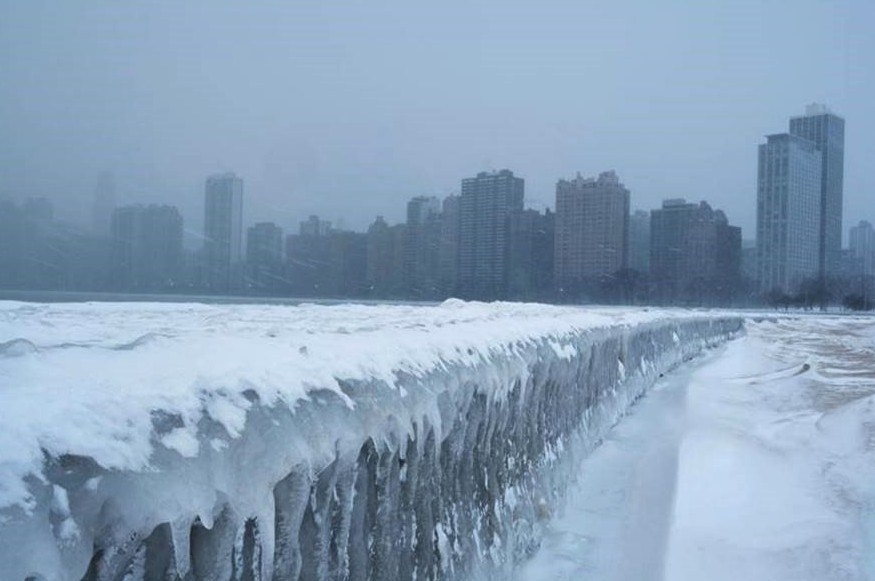 Magnificent Pictures Of Frozen Steaming Lake Michigan In Chicago, With A Minimum Temperature Of -30°C (-23°F)