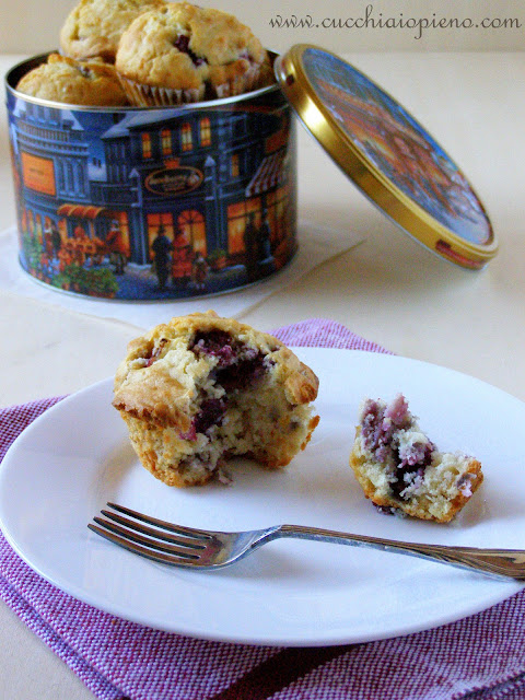 Delicioso muffin de cereja