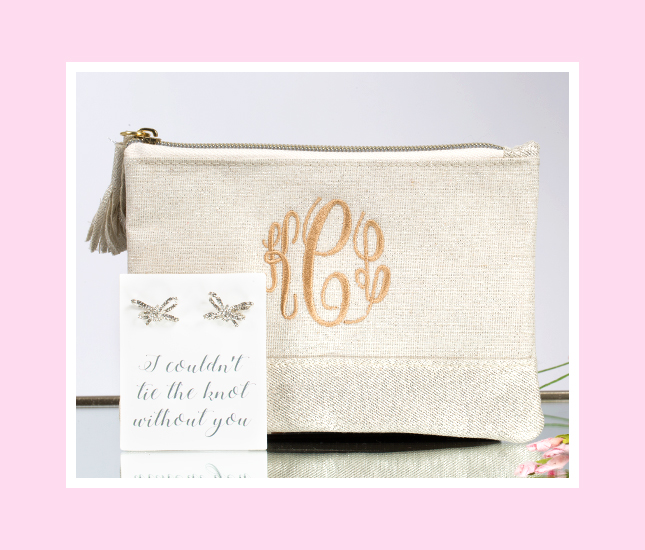 monogrammed bridesmaid gift set for your wedding day