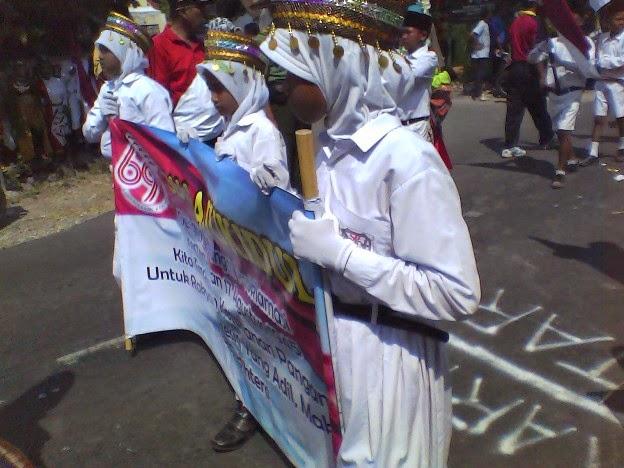 Foto SDN Laju Kidul di Karnaval