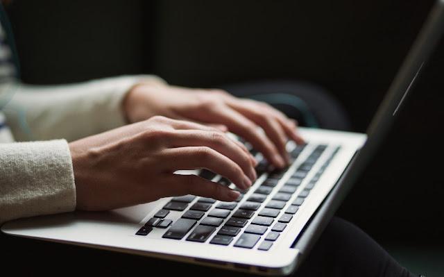 Pengertian Artikel, Jenis Artikel dan Contoh Artikel Singkat Bahasa Indonesia Ilmiah