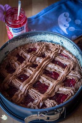 Linzer Torte mit Marmeladenfüllung