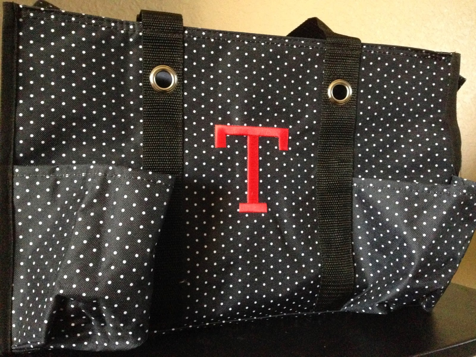 thirty-one zippered utility tote
