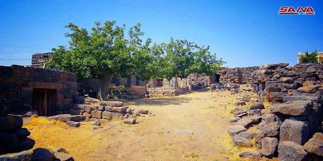 بالصور قرية عوس بالسويداء تتمتع بهوائها العليل وطبيعتها الريفية الوادعة.