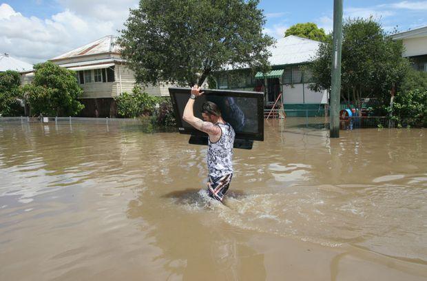 5 Hal yang Harus Kamu Lakukan Saat Banjir