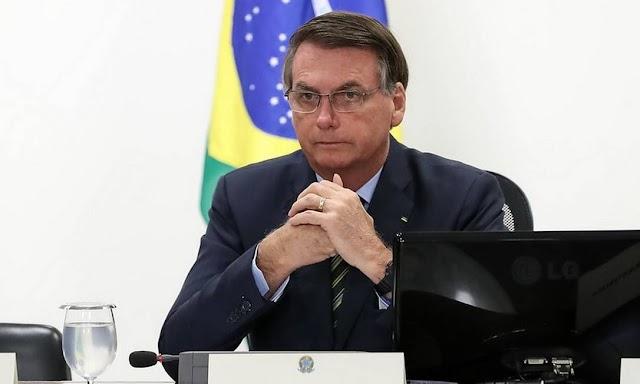 Bolsonaro confirma vale de R$ 600 para trabalhador informal