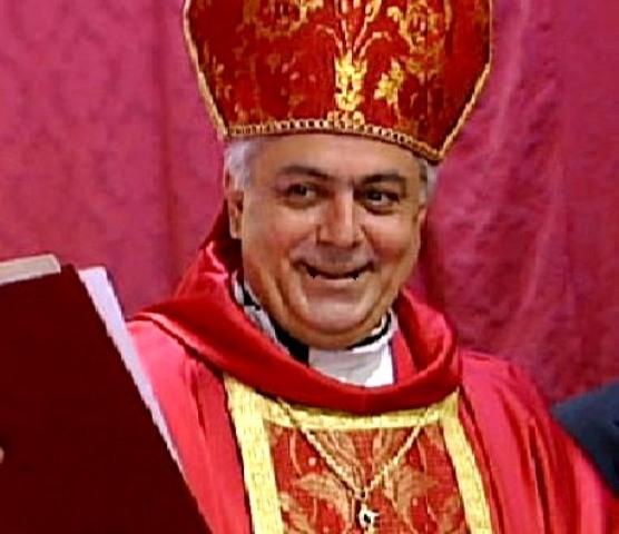 Sacerdote católico justifica buso sexual a menores