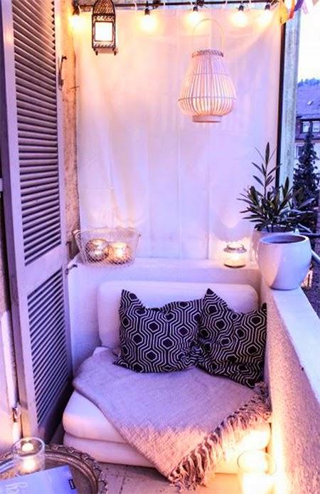 varanda pequena com futon