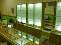 Desain Interior - Display Etalase Toko Kacamata / optik / eyewear