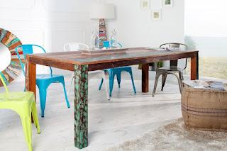 Dizajnový jedálenský stôl Reaction.
