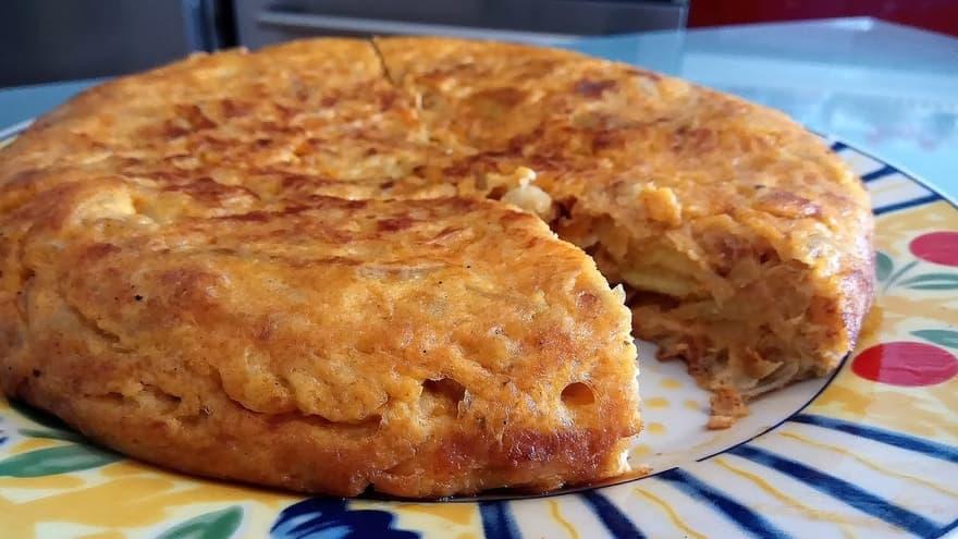 tortilla de patatas con sobrasada