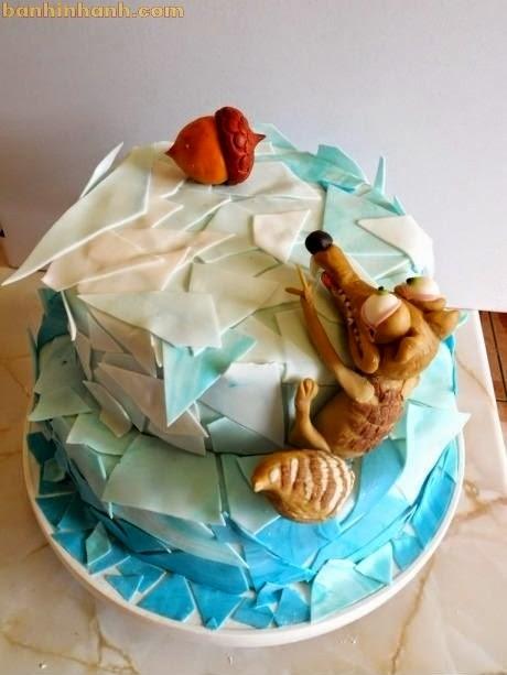 Những chiếc bánh sinh nhật hài VL, con sóc