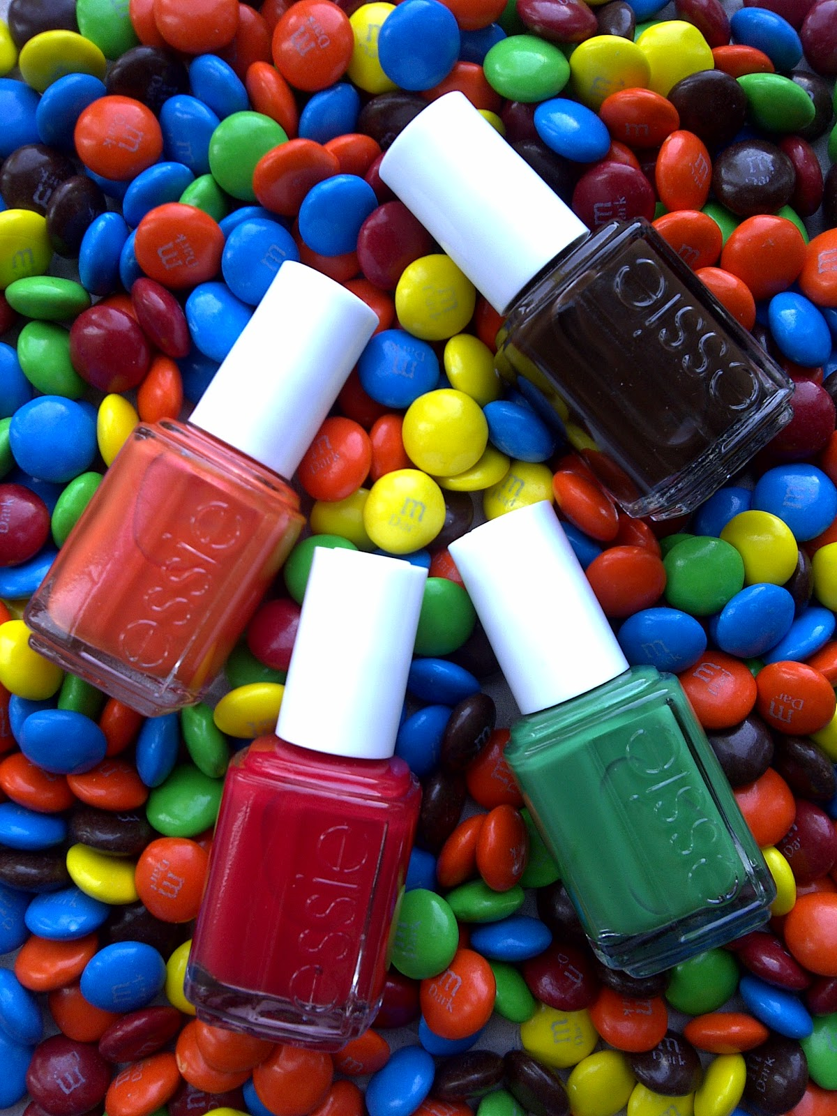 Shine Beauty Beacon: M&M's Candy Mani
