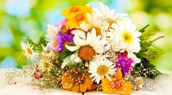 Λόγοι για τους οποίους χρειάζεται να στέλνετε λουλούδια