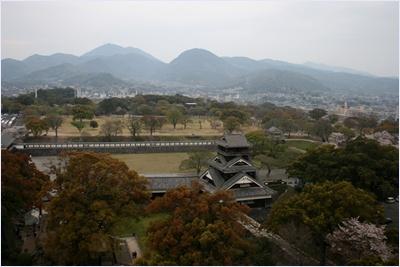 วิวจากปราสาทคุมาโมตะ (Kumamoto Castle)
