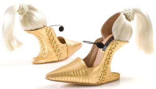 Những đôi giày có kiểu dáng kỳ lạ nhất thế giới222