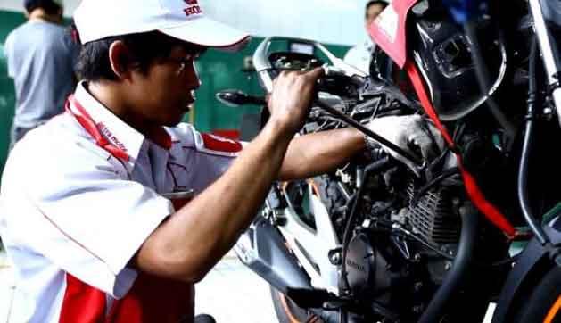 Penyebab Motor Brebet Ketika Di Gas dan Cara Mengatasinya