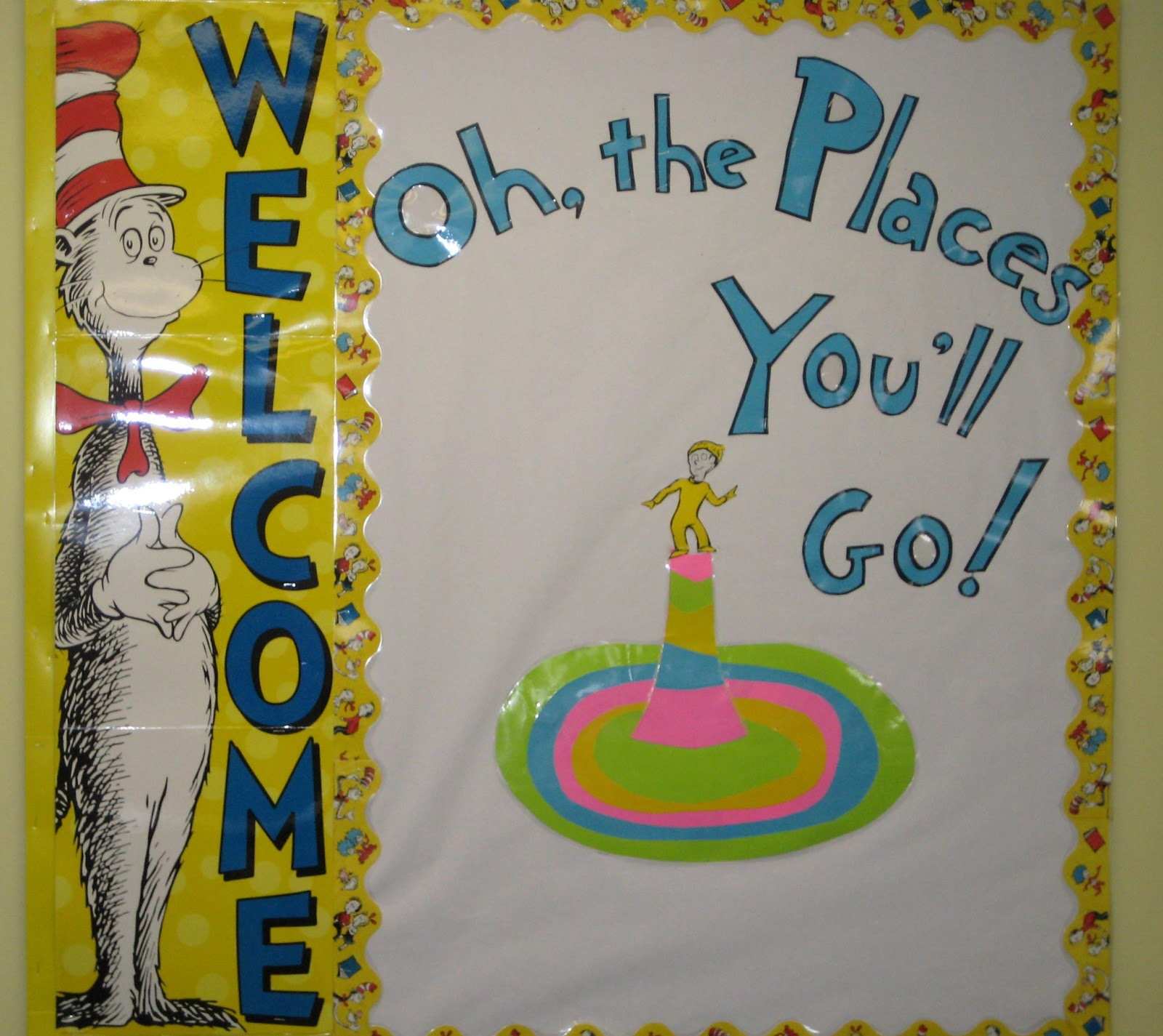 Lorri's School Library Blog: Dr. Seuss Bulletin Boards and ...