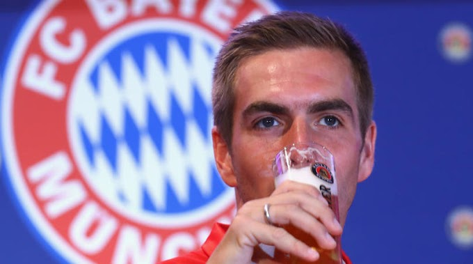 Lahm named German Footballer of the Year 2017 after retirement