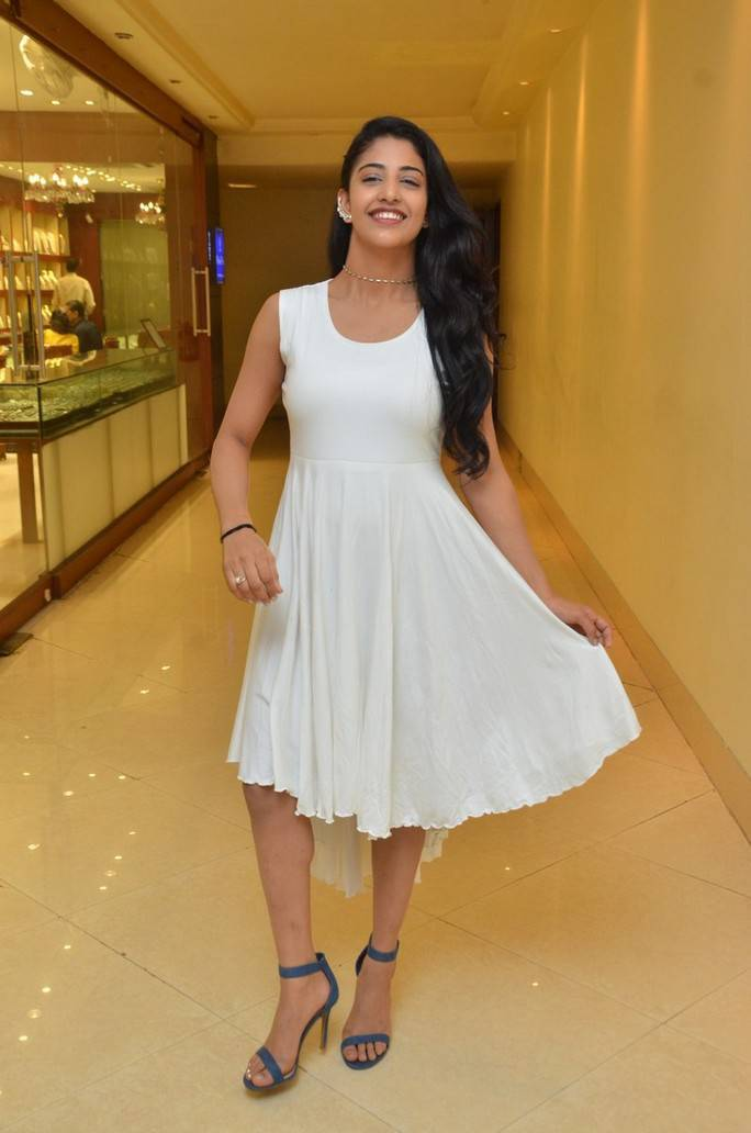Daksha Nagarkar At Khwaaish Exhibition Launch Pics