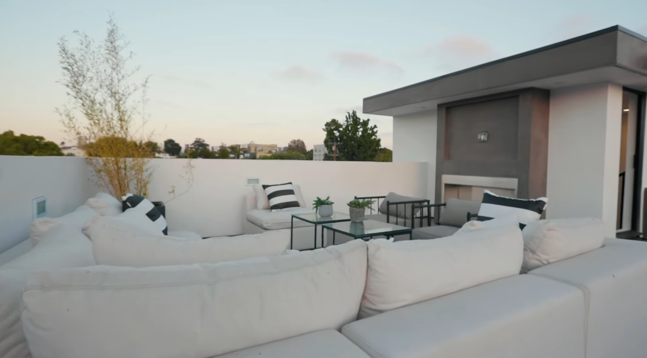 39 Photos vs. Inside a $4,000,000 Modern Mansion in Los Angeles with an INSANE Rooftop Deck! - Luxury Home & Interior Design Video Tour
