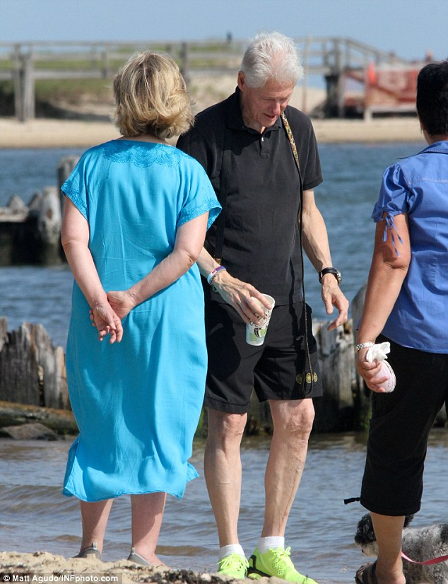 Hillary Clinton Cankles   galleryhip.com - The Hippest ...