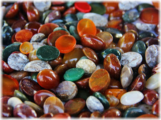 Benefits and Aesthetic Value of Stone by Color Agate