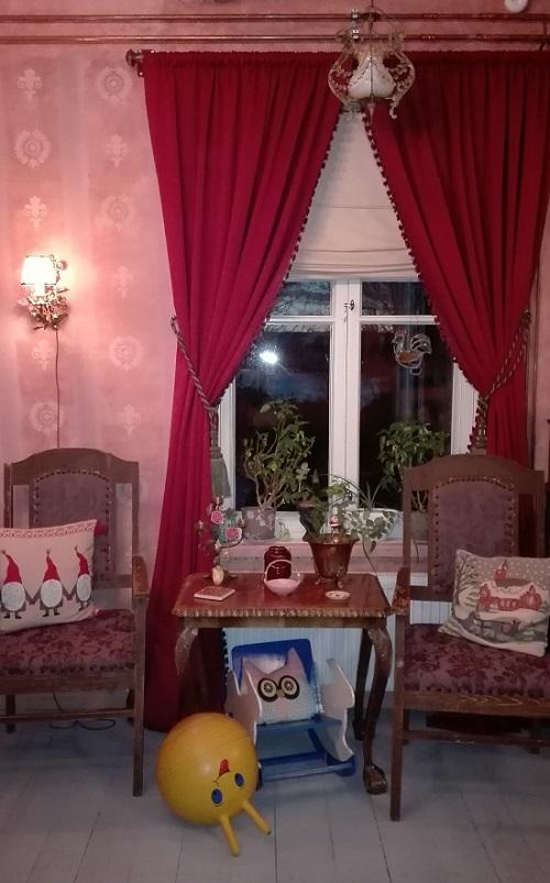 värikäs koti boheemi sisustus talviverhot