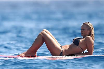 """Bikini"": Pamela Anderson in a Bikini on a Yacht in The French Riviera !!!"