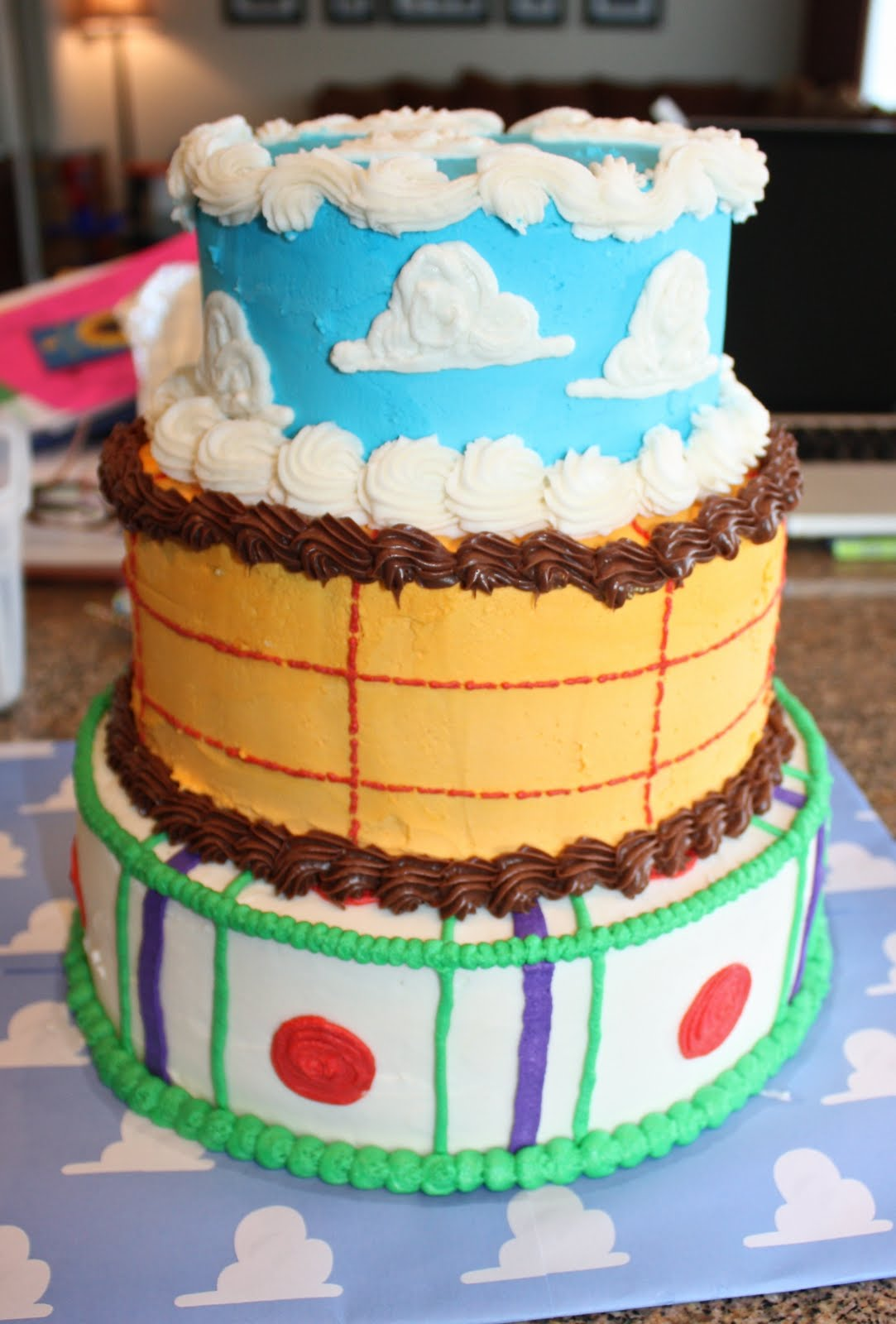 3 Little Things Toy Story Mania Cake