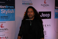 Red Carpet of Most Stylish Awards 2017 ~ Kailash Kher (2).JPG