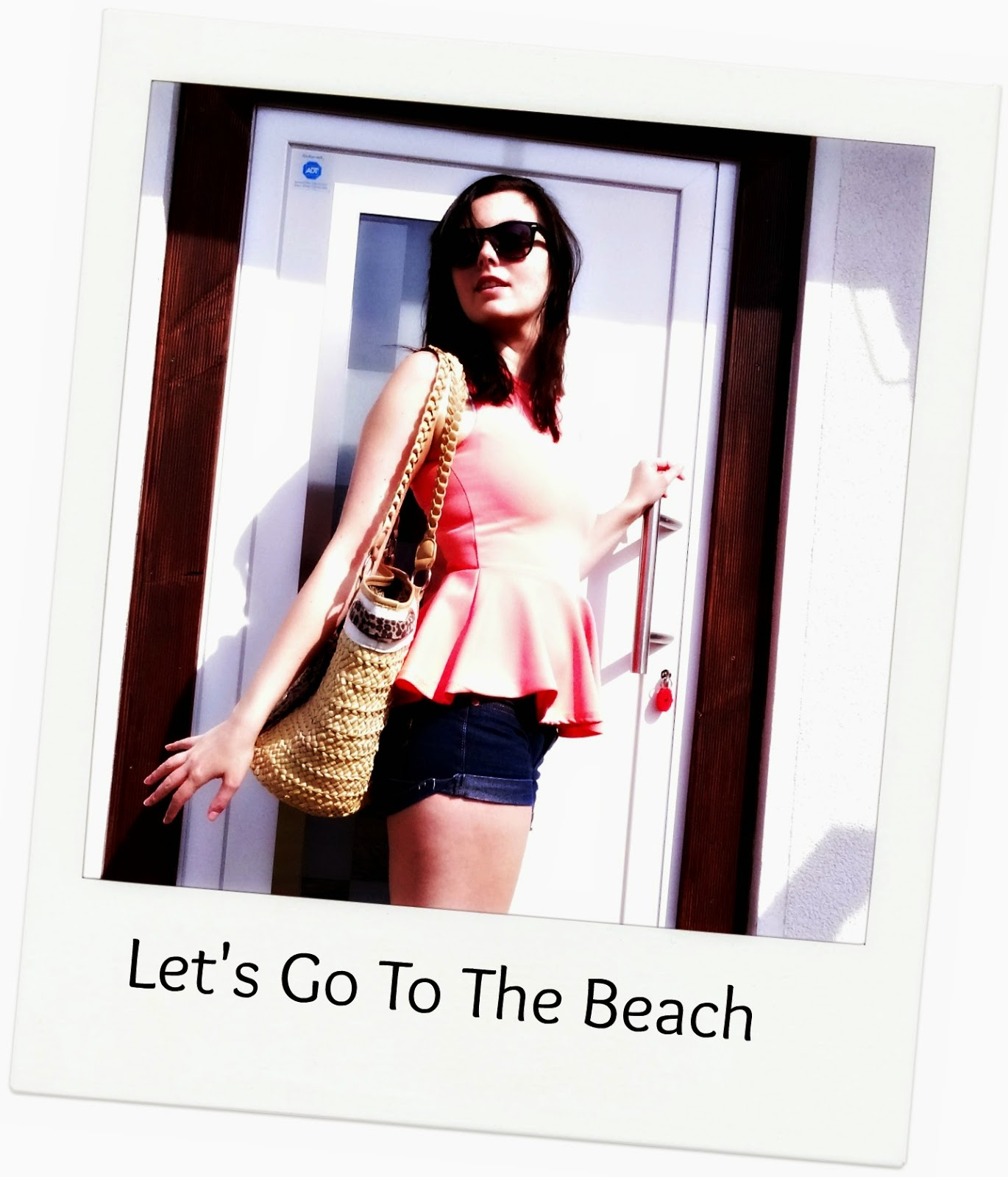 Beach outfit fashion post