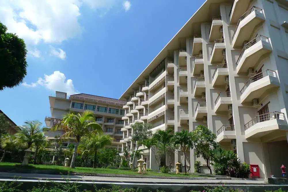 Lombok Raya Hotel termurah dan termewah di kota Mataram Lombok