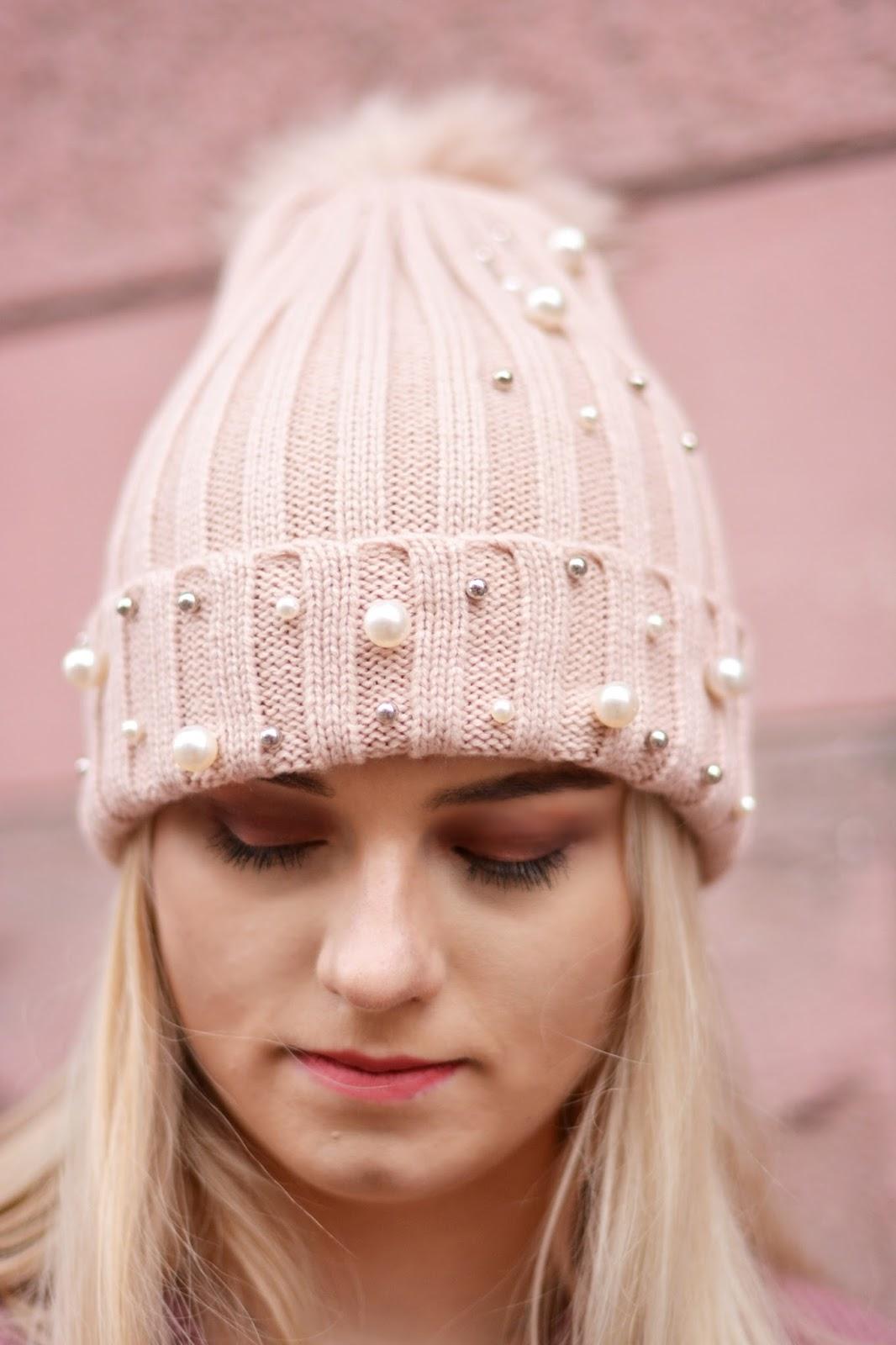 czapka perełki
