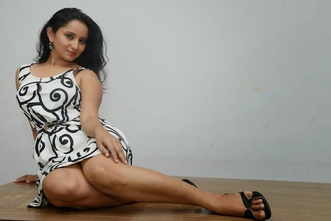 Tollywood Actress Ishika Singh Hot & Spicy Photos